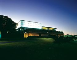 The luminous pavilion of the Asian Gallery at the Art Gallery of New South Wales, Sydney. Johnson Pilton Walker, 2003. Photograph Eric Sierins.