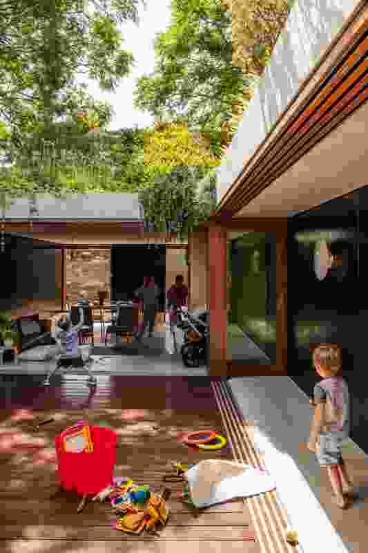 Laneway House (NSW) by Jon Jacka Architects.