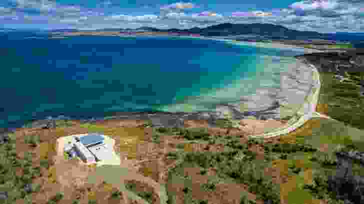 The site enjoys expansive views of water, land and sky yet is vulnerable to fire, wind and sun.
