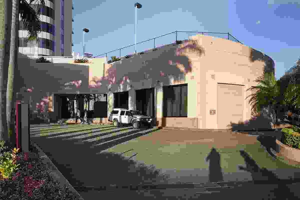 NOW: Crowne Plaza Hotel drive thru (site of the El Dorado Motel), Gold Coast Hwy, 2013.