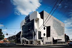 15 View of the Melbourne Recital Centre from the corner of Southbank Boulevard and Sturt Street.