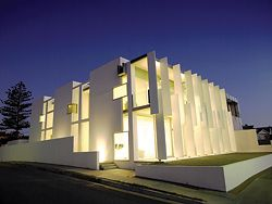 111, Adelaide, by Tridente Architects, a finalist in the World Architecture News House of the Year 2007.