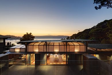 Cliff Face House by Fergus Scott Architects with Peter Stutchbury Architecture.