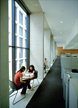 The building's east and west edges are devoted to circulation, resulting in elegant communal spaces.