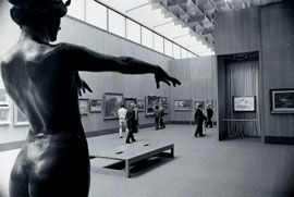 Gallery space in 1968. Image: Rai Banda. Courtesy State Library of Victoria.
