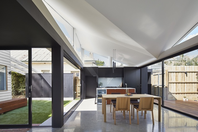 Tunnel House by MODO Architecture.