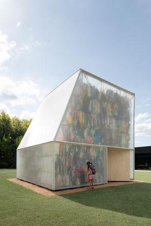 Plastic Palace by Raffaello Rosselli Architects.