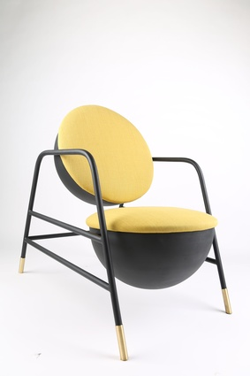 Indolente chair by Studio Caramel.