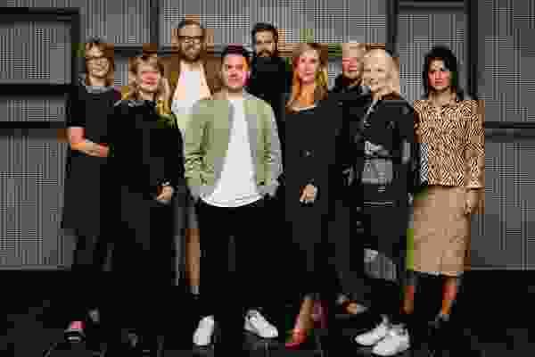 2021澳大利亚室内设计奖陪审团陪审团,L-R:Caroline Diesner,Adele Winterdridge,Patrick Kennedy,Ryan Genesin,George Livissianis,Madeleine Blanchfield,Geraldine Maher,Rachael McCarthy和Yasmine Ghoniem