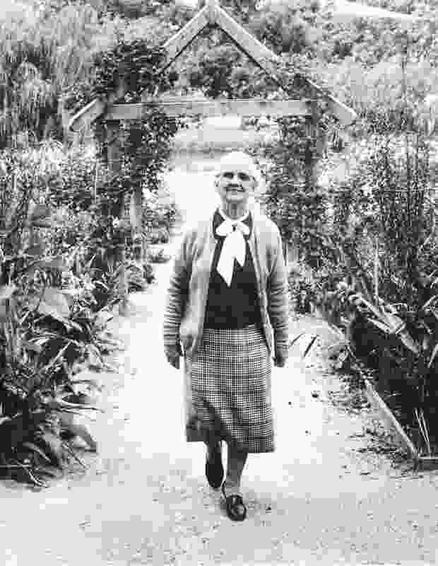 Dame Elisabeth Murdoch.