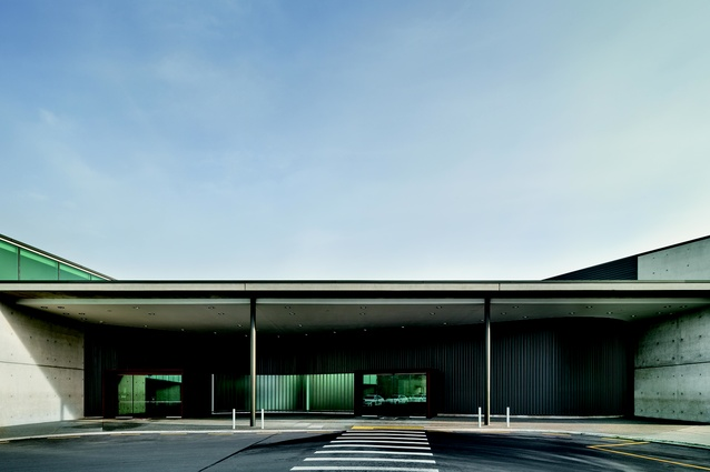 Regional Terminal at Christchurch Airport by BVN.
