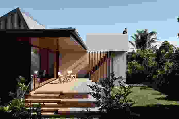 Number 5 House, Onetangi Beach, Waiheke Island by Architectus.