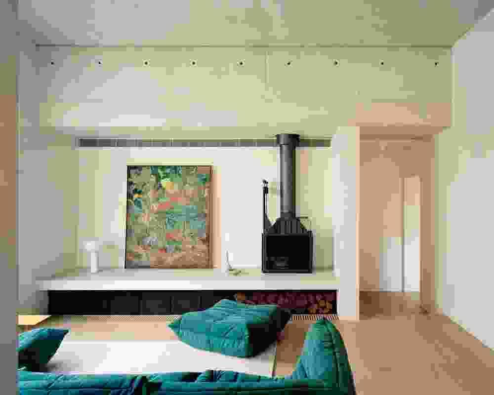 多个层面轻轻唤起维多利亚时代的露台房子,同时保留了现代的感觉。艺术品:Seth Diego Birchall