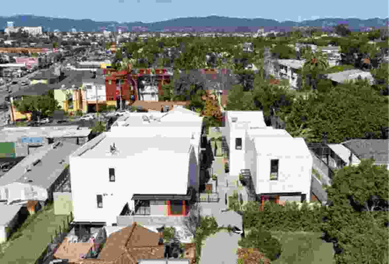 Ashland Apartments in Santa Monica, California (2019).