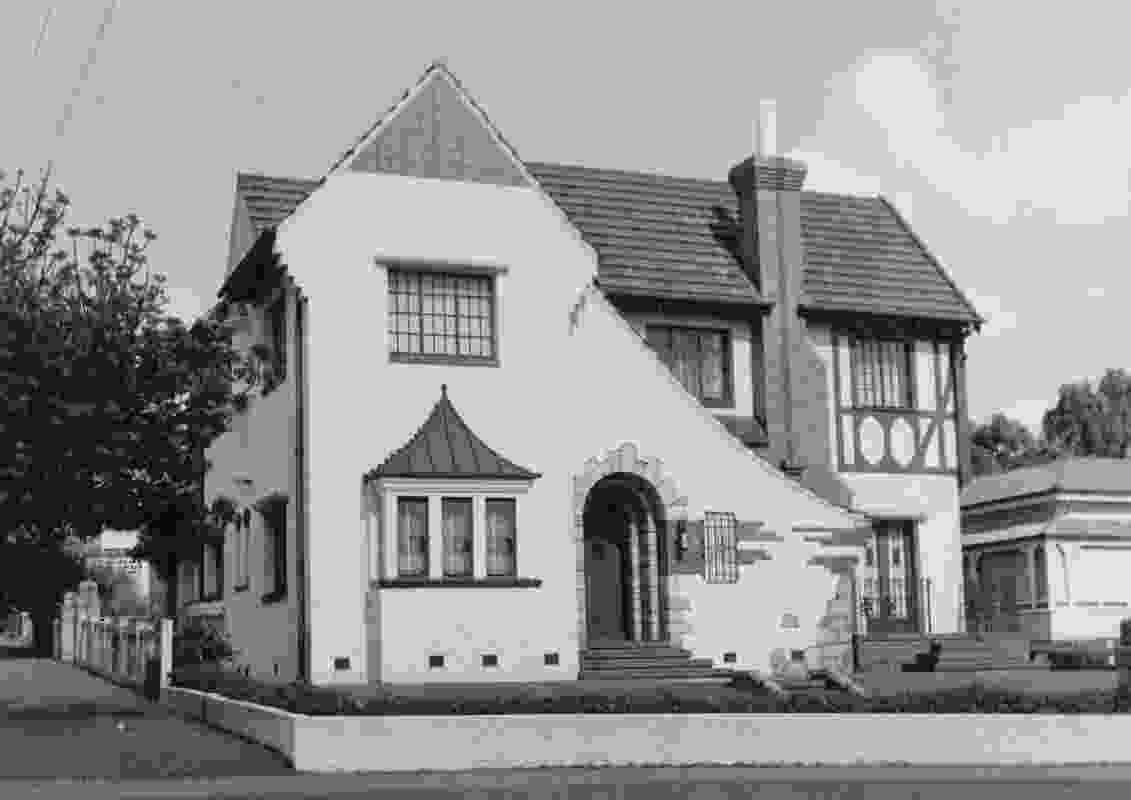 Designed by architect Douglas FW Watts, 1938.