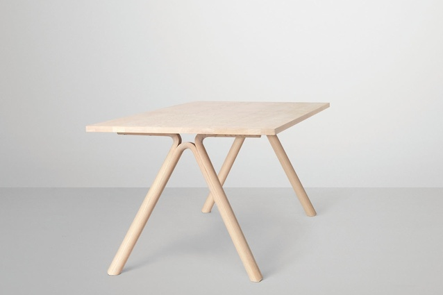 Split table Staffan Holm for Muuto.