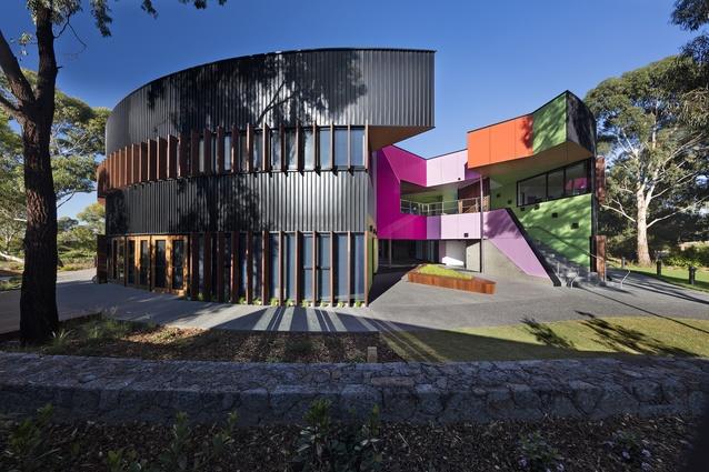 Ivanhoe Grammar Senior Years Centre by McBride Charles Ryan.