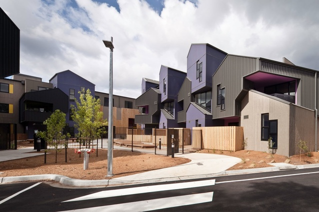 Frederick Romberg Award for Multiple Housing: McIntyre Drive Social Housings, Altona by MGS Architects.