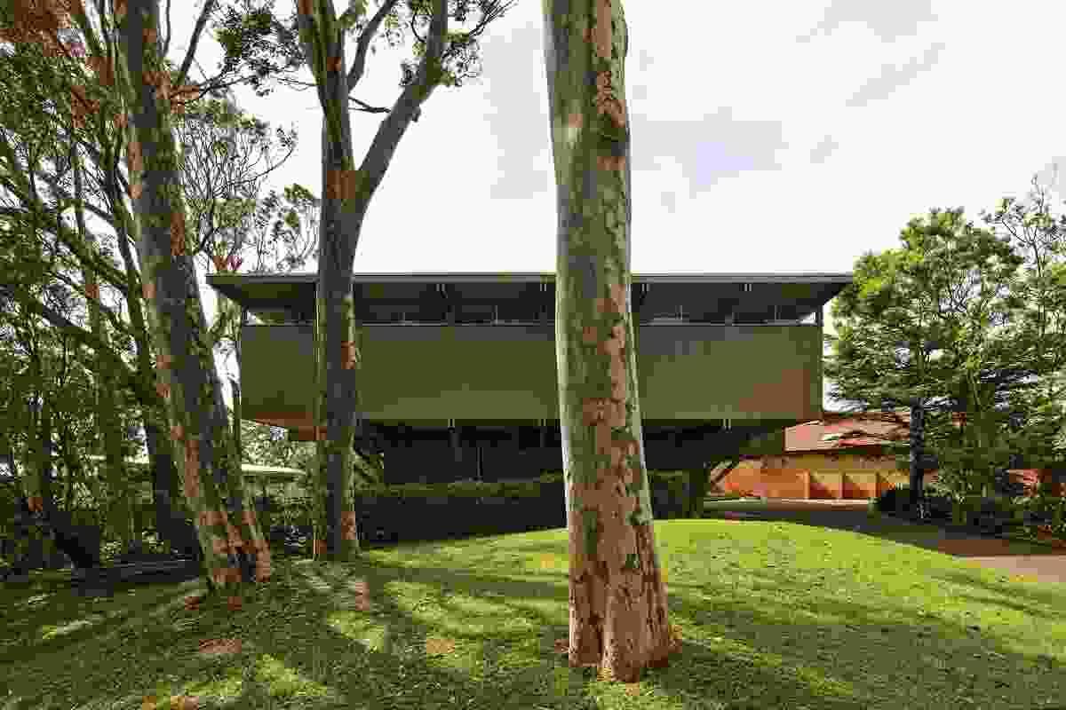 Lyons House (1967) by Robin Boyd.