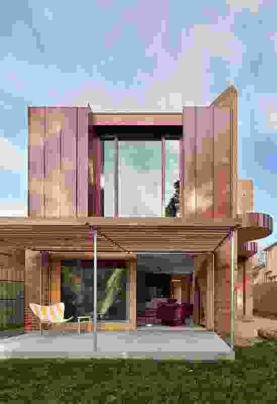 Merri Creek House by Wowowa Architecture.