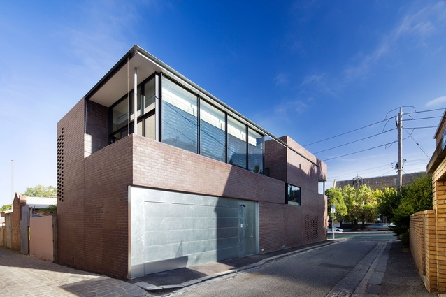 Queensbury Street House by Robert Simeoni Architects.