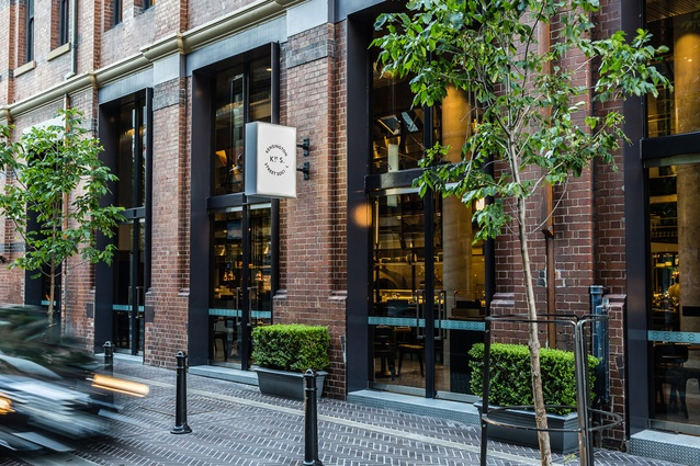 Restaurants With Bar Chippendale