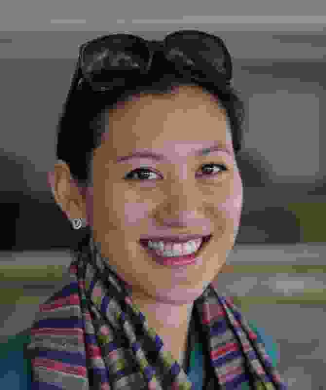 Marisa Yiu, Eskyiu.