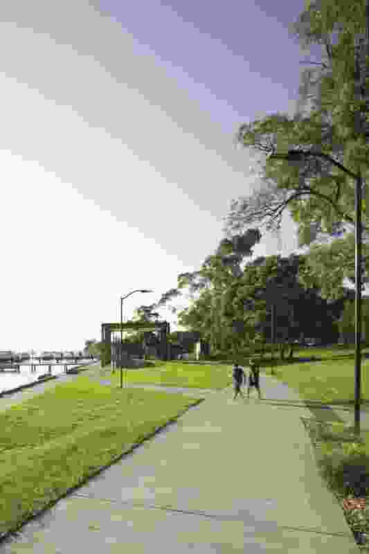 Joggers and cyclists enjoy wide footpaths along the foreshore.