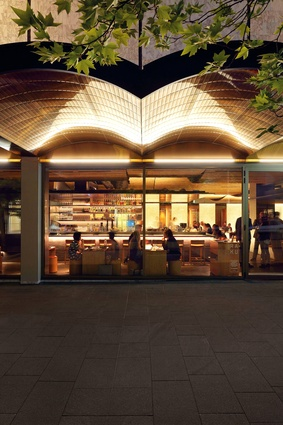 Running parallel to Monaro Mall, Bunda Street has been transformed into a lively precinct lined with numerous cafes and restaurants.