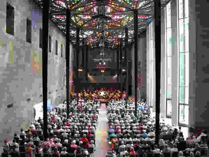 The Great Hall in the National Gallery of Victoria by Roy Grounds, 1968.