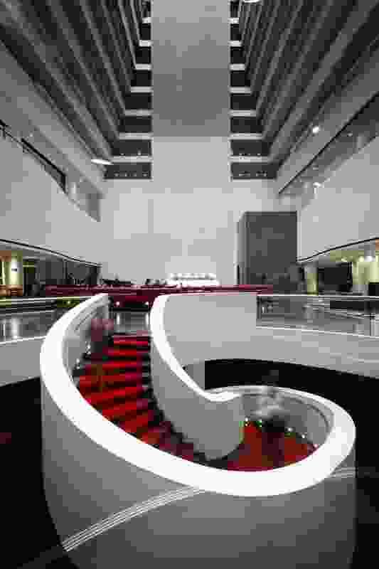 Hilton Brisbane – Hilton Brisbane in collaboration with Landini Associates.