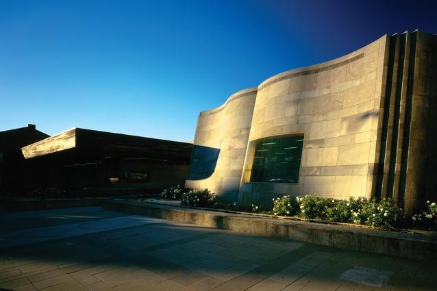 St Kilda Library, Melbourne (1994).