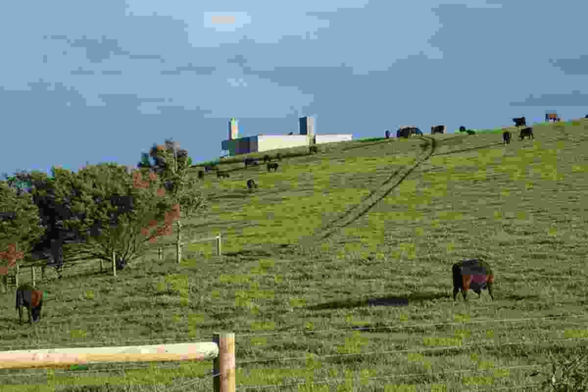 Rural Villa (2008).
