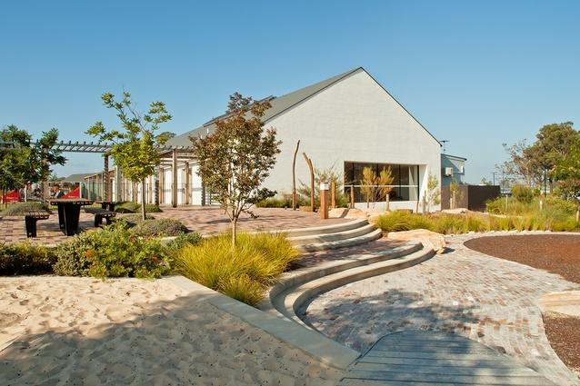 Bingara Country Club (NSW) by Jane Irwin Landscape Architecture.