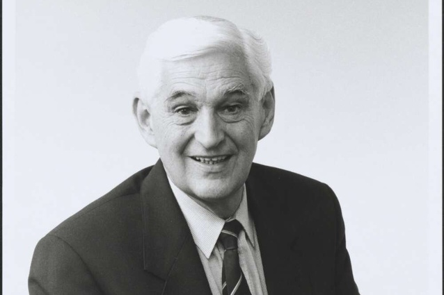 The former New South Wales politician and architect Ted Mack.