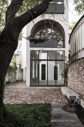 Italianate House by Renato D'Ettorre Architects.