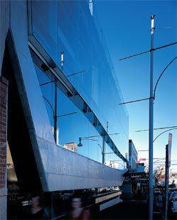 Oblique view along Hindley Street facade.