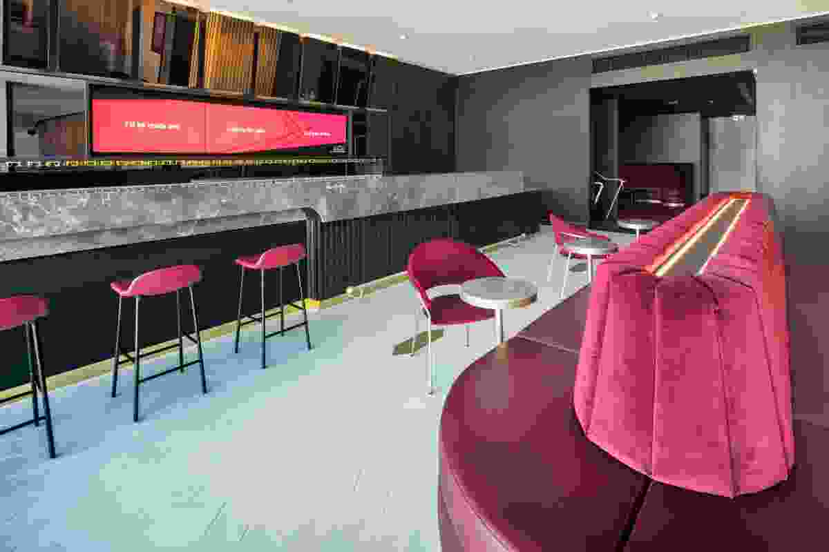 The dress circle bar in the redevelopment of Her Majesty's Theatre by Cox Architecture.
