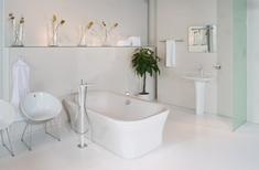 PuraVida bath mixer with hand shower