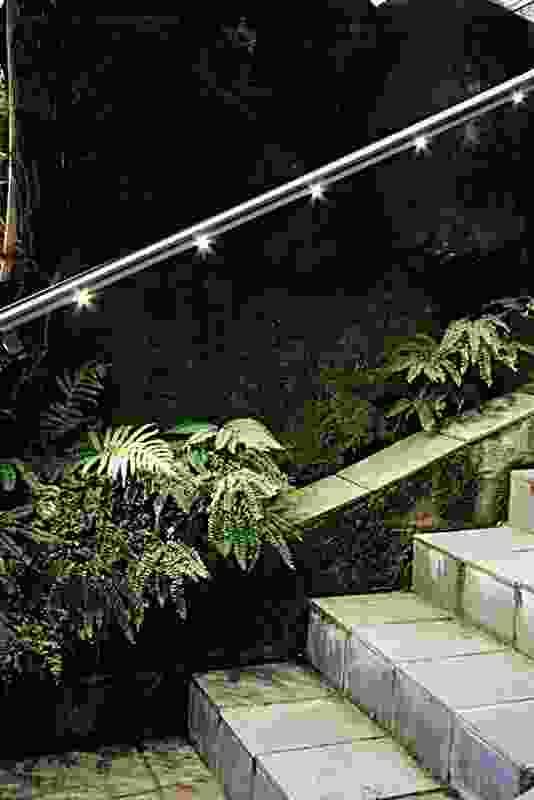HLS LED handrail from Planet Lighting.