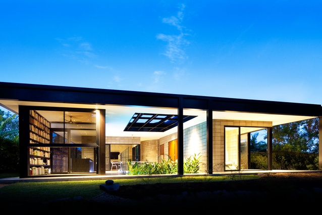 Glass House by Charles Wright Architects.