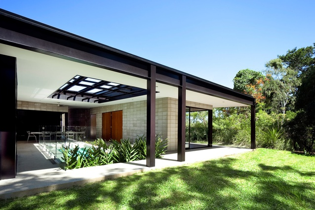 Residential Architecture – Houses Commendation: (-) Glass House by Charles Wright Architects.