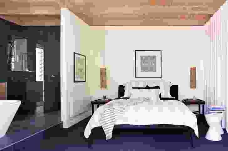 The pavilion houses a quietly generous bedroom and ensuite.