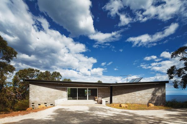 Big Hill by Kerstin Thompson Architects along Victoria's Great Ocean Road.
