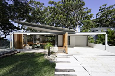 The sense of openness is apparent as soon as you approach the house from the street.