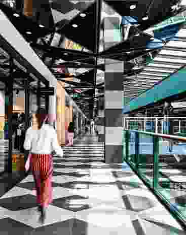 Kennedy Nolan has created a visual environment that eschews the architectural language of the conventional shopping centre.