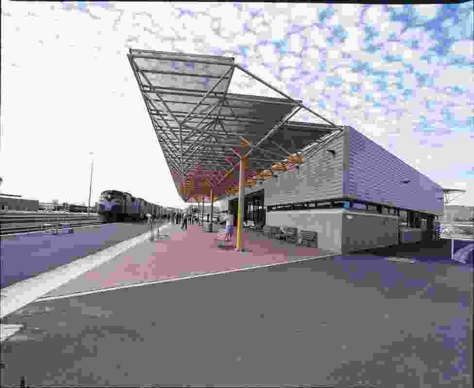 Alice Springs Railway Station by Guy Maron Architects.