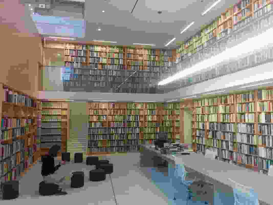 Interior of the Chicago Poetry Foundation by John Ronan Architects.