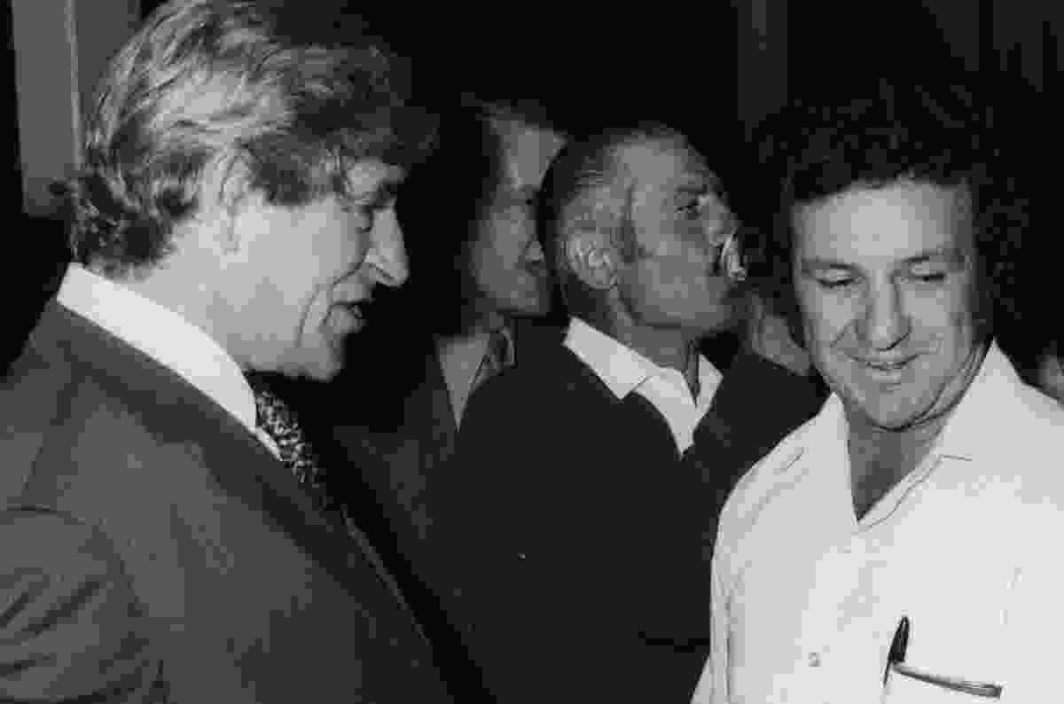Jack Mundey (right) and founder of Lend Lease Dick Dusseldorp (left), 1972.