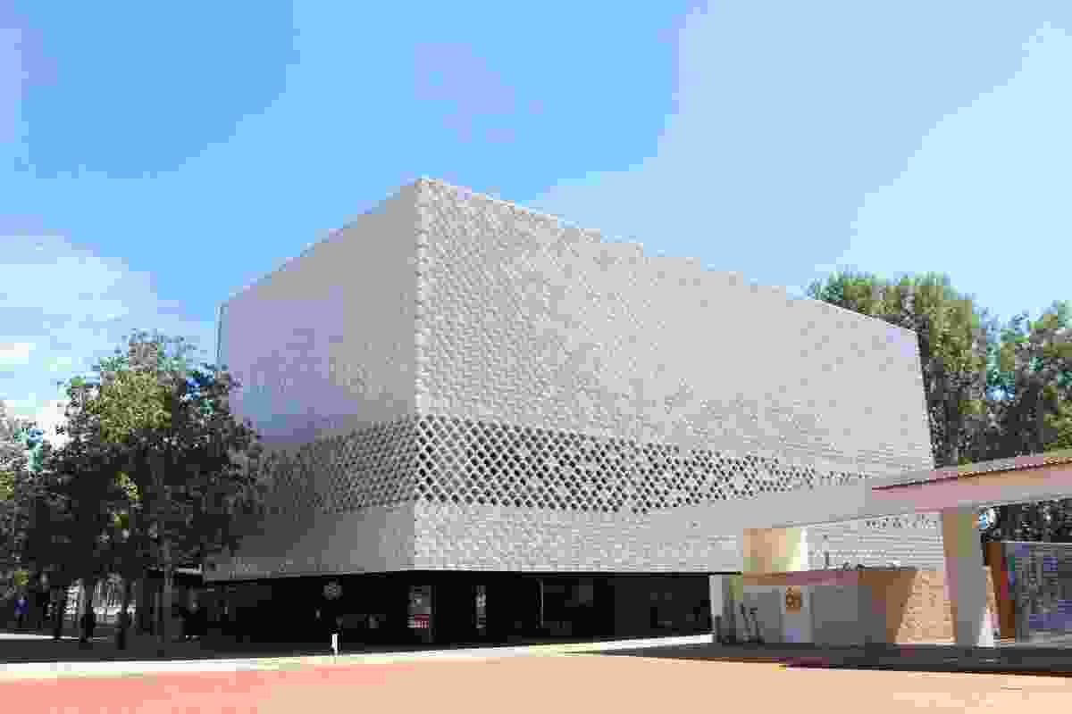 Oceanarium addition by Campos Costa Arquitectos.
